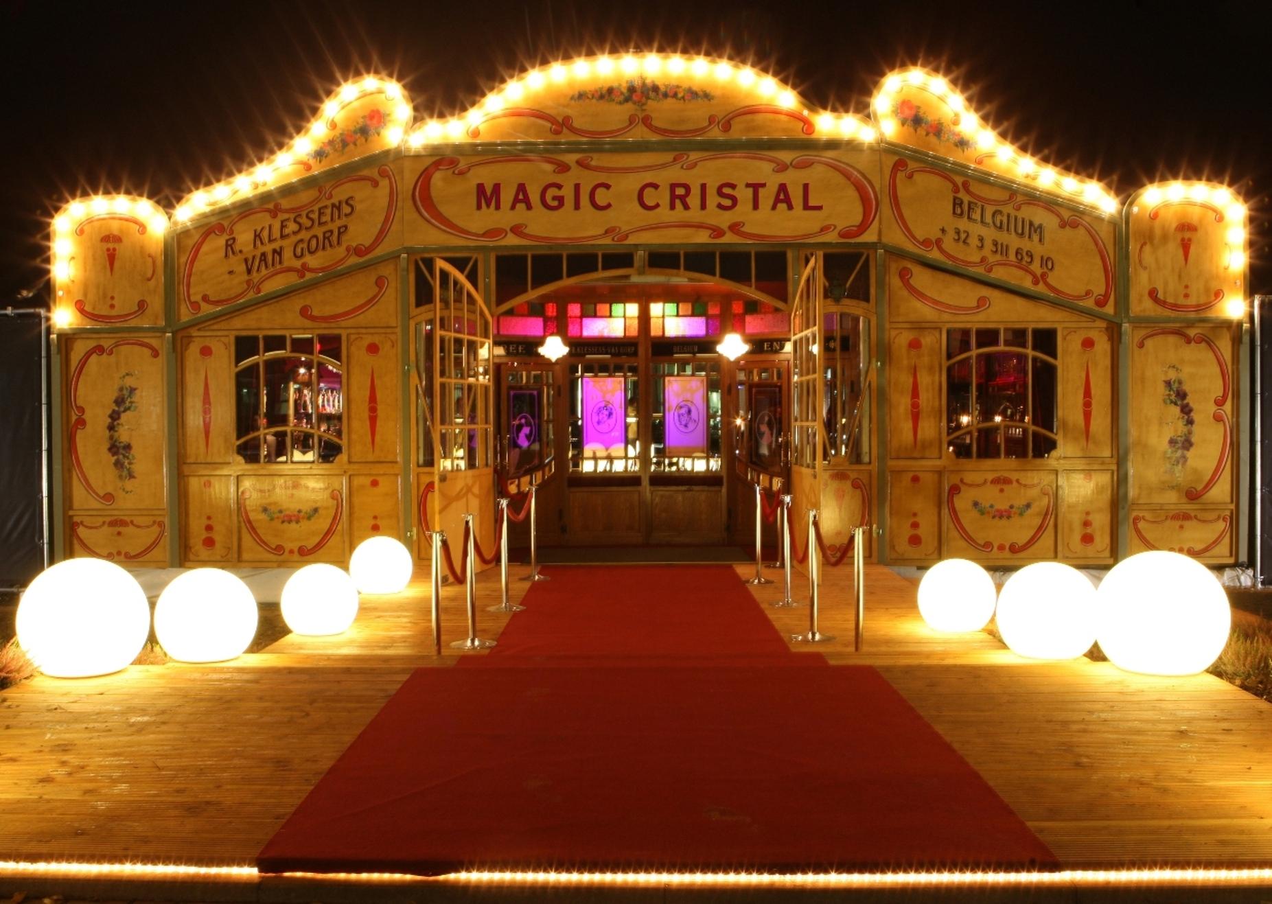 Het Spiegelpaleis - Mirror tent Magic Cristal - front & Spiegeltent Magic Cristal - Het Spiegelpaleis I spiegeltent hire