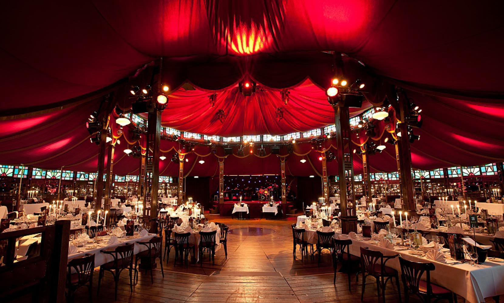 Het Spiegelpaleis - Mirror tent The Caroussel - interior & Spiegeltent The Carrousel - Het Spiegelpaleis I spiegeltent hire
